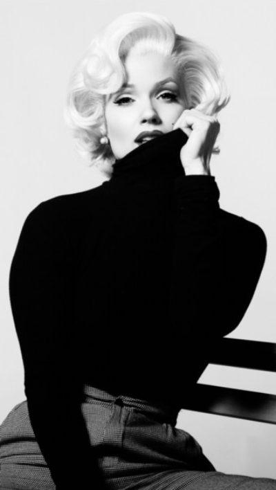 Alisha MM black sweater B&W